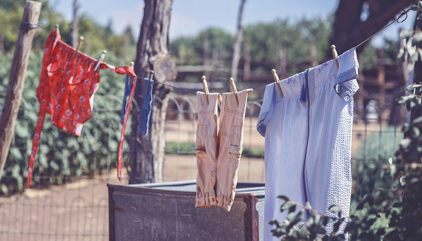 How to wash your coloured clothes